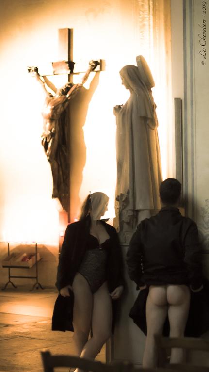 Sainte Photos Érotiques by Les Chevaliers