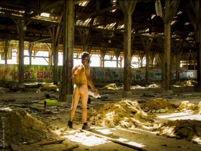 L usine Photos Érotiques by Les Chevaliers